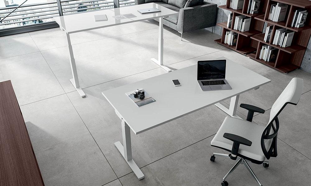 Scrivanie Move per ufficio operativo